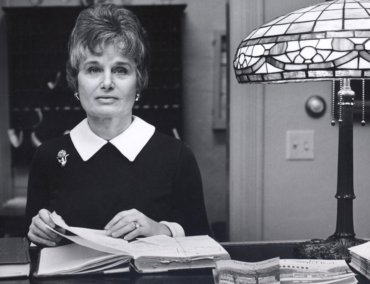 Jane Fitzpatrick at front desk of Red Lion Inn